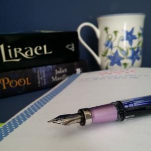 Australian SFF book bloggers, Earl Grey Editing, speculative fiction, TWSBI 580, fountain pen, Lirael, Garth Nix, Dreamer's Pool, Juliet Marillier, Australian bluebell, tea and books
