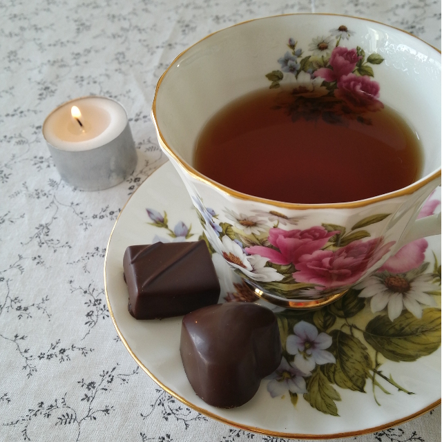 Earl Grey Editing, tea cup, chocolate, Koko Black, blogiversary