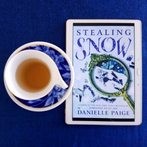 Stealing Snow, Danielle Paige, fantasy, YA, Earl Grey Editing, tea and books, Bloomsbury Publishing
